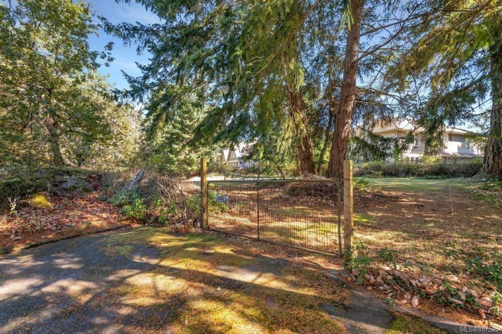 Main Photo: 3912 Sheret Pl in Saanich: SE Ten Mile Point Land for sale (Saanich East)  : MLS®# 887525