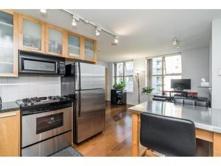 """Photo 1: 707 969 RICHARDS Street in Vancouver: Downtown VW Condo for sale in """"THE MONDRIAN"""" (Vancouver West)  : MLS®# R2622654"""