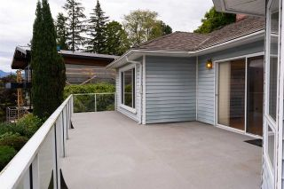 "Photo 28: 301 N HYTHE Avenue in Burnaby: Capitol Hill BN House for sale in ""CAPITOL HILL"" (Burnaby North)  : MLS®# R2531896"