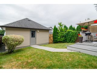 "Photo 39: 19074 69A Avenue in Surrey: Clayton House for sale in ""CLAYTON"" (Cloverdale)  : MLS®# R2187563"
