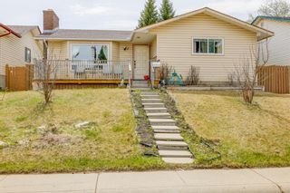 Main Photo: 5935 Pinepoint Drive NE in Calgary: Pineridge Detached for sale : MLS®# A1104827