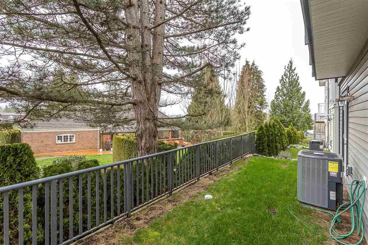 """Photo 37: Photos: 4 4295 OLD CLAYBURN Road in Abbotsford: Abbotsford East House for sale in """"Sunspring Estates"""" : MLS®# R2562456"""