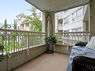 """Photo 18: 213 2990 PRINCESS Crescent in Coquitlam: Canyon Springs Condo for sale in """"Madison"""" : MLS®# R2397836"""