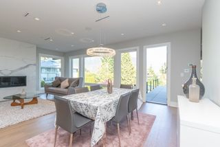 Photo 3: 579 ST. GILES Road in West Vancouver: Glenmore House for sale : MLS®# R2568791