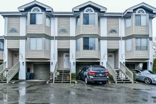 """Photo 1: 47 7875 122 Street in Surrey: West Newton Townhouse for sale in """"The Georgian"""" : MLS®# R2234862"""