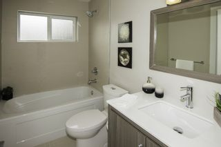 Photo 14: 1121 E 10TH Avenue in Vancouver: Mount Pleasant VE 1/2 Duplex for sale (Vancouver East)  : MLS®# R2207250
