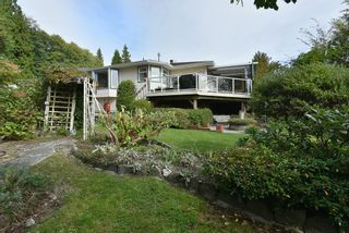 """Photo 1: 491 OCEAN VIEW Drive in Gibsons: Gibsons & Area House for sale in """"Woodcreek Park"""" (Sunshine Coast)  : MLS®# R2624435"""