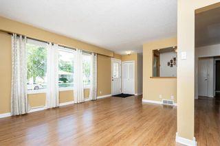 Photo 4: 54 Brisbane Avenue in Winnipeg: West Fort Garry Residential for sale (1Jw)  : MLS®# 202114243