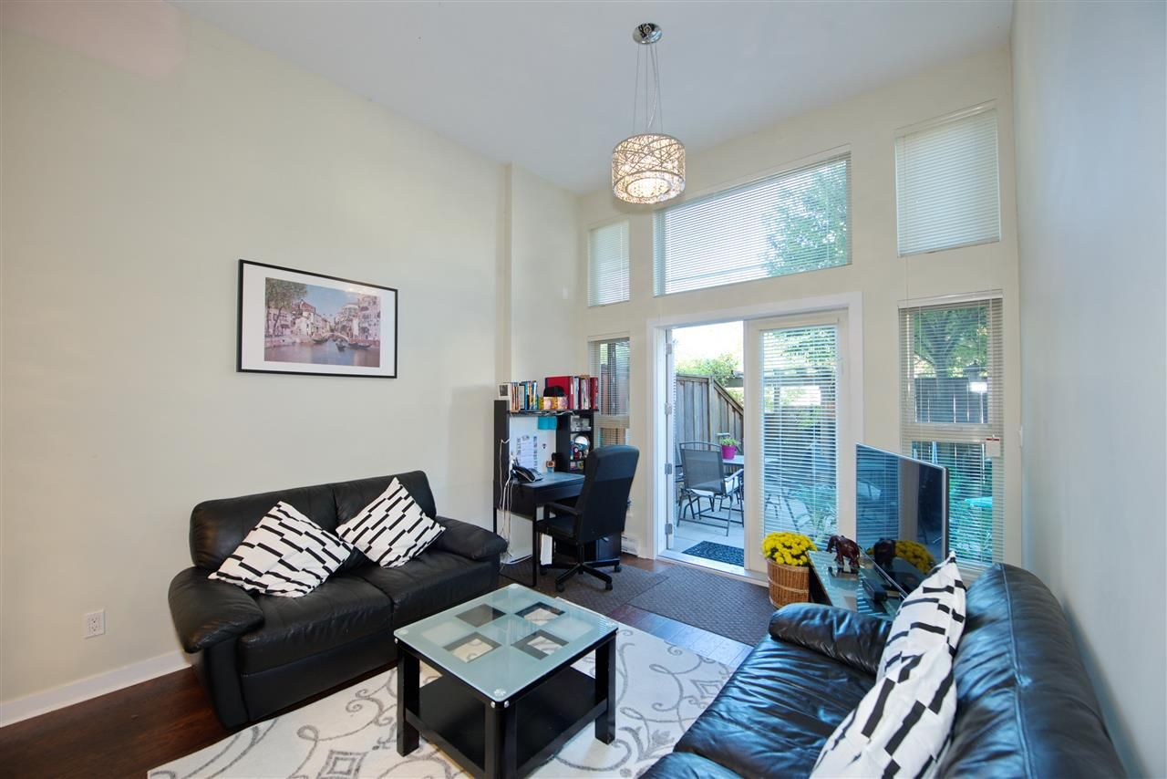 """Main Photo: 102 3688 INVERNESS Street in Vancouver: Knight Condo for sale in """"Charm"""" (Vancouver East)  : MLS®# R2488351"""