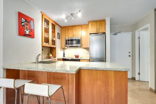 """Photo 14: 622 1330 BURRARD Street in Vancouver: Downtown VW Condo for sale in """"Anchor Point I"""" (Vancouver West)  : MLS®# R2618272"""