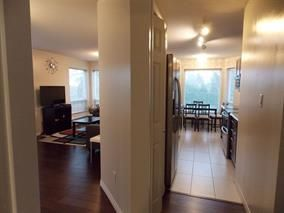 Photo 5: 211 2855 152nd Street in Surrey: Condo for sale