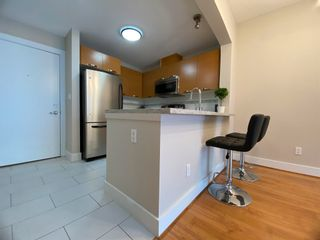 """Photo 2: 304 7428 BYRNEPARK Walk in Burnaby: South Slope Condo for sale in """"GREEN"""" (Burnaby South)  : MLS®# R2604124"""