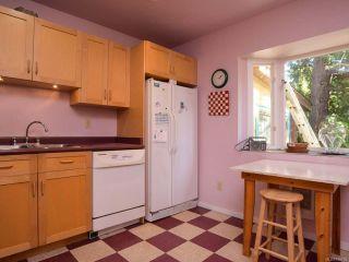 Photo 12: 1751 BEAUFORT Avenue in COMOX: CV Comox (Town of) House for sale (Comox Valley)  : MLS®# 796785