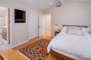 Photo 19: LA JOLLA House for sale : 4 bedrooms : 6057 Avenida Chamnez