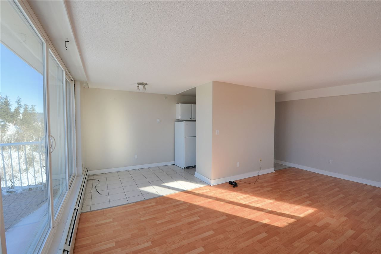 """Photo 4: Photos: 1208 1501 QUEENSWAY Street in Prince George: Connaught Condo for sale in """"CONNAUGHT HILL RESIDENCES"""" (PG City Central (Zone 72))  : MLS®# R2529872"""