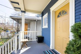 Photo 3: 2645 CAROLINA Street in Vancouver: Mount Pleasant VE House for sale (Vancouver East)  : MLS®# R2560254