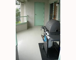 """Photo 7: 405 6735 STATION HILL Court in Burnaby: South Slope Condo for sale in """"THE COURTYARDS"""" (Burnaby South)  : MLS®# V649343"""