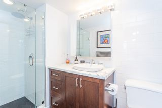 """Photo 16: 801 1088 QUEBEC Street in Vancouver: Mount Pleasant VE Condo for sale in """"The Viceroy"""" (Vancouver East)  : MLS®# R2206969"""