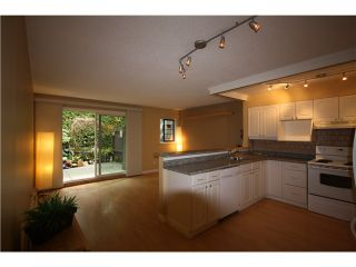 """Photo 1: 11 460 W 16TH Avenue in Vancouver: Cambie Townhouse for sale in """"Cambie Square"""" (Vancouver West)  : MLS®# V1054620"""