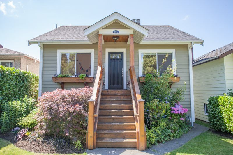 Main Photo: 450 E 53RD Avenue in Vancouver: South Vancouver House for sale (Vancouver East)  : MLS®# R2543448