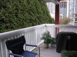 """Photo 10: 308 1215 PACIFIC Street in Coquitlam: North Coquitlam Condo for sale in """"PACIFIC PLACE"""" : MLS®# V1041446"""