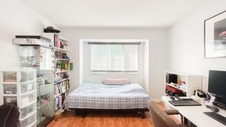 Photo 18: 879 W 60TH Avenue in Vancouver: Marpole House for sale (Vancouver West)  : MLS®# R2606107