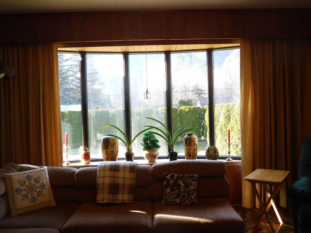Photo 12: Photos: 1599 MACKENZIE Highway in Bella Coola: Bella Coola/Hagensborg House for sale (Williams Lake (Zone 27))  : MLS®# R2449026