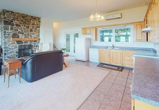 Photo 5: 380 Stewart Mountain Road in Blomidon: 404-Kings County Residential for sale (Annapolis Valley)  : MLS®# 202123106