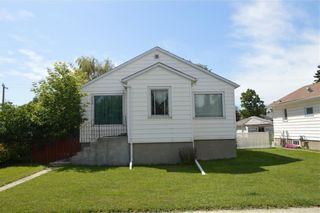 Photo 3: 139 20 Avenue NE in Calgary: Tuxedo Park Detached for sale : MLS®# A1100798