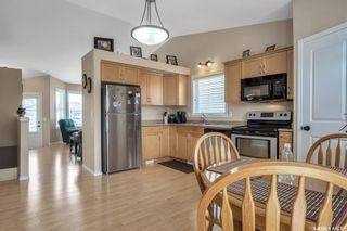 Photo 6: 215 Quessy Drive in Martensville: Residential for sale : MLS®# SK851676