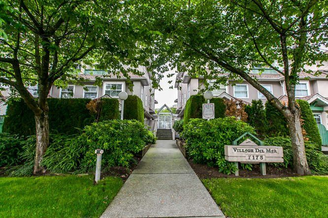 Main Photo: 22 7175 17TH Avenue in Burnaby: Edmonds BE Townhouse for sale (Burnaby East)  : MLS®# R2082572