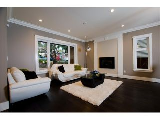 Photo 3: 1187 DORAN Road in North Vancouver: Lynn Valley House for sale : MLS®# V1035588