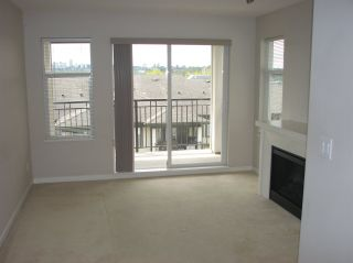 """Photo 3: 406 4799 BRENTWOOD Drive in Burnaby: Brentwood Park Condo for sale in """"THOMPSON HOUSE"""" (Burnaby North)  : MLS®# R2159844"""