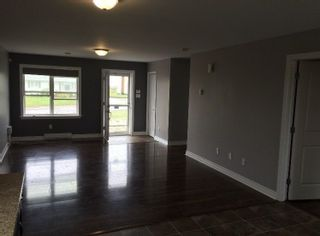 Photo 2: 121/123 Connaught Avenue in Glace Bay: 203-Glace Bay Residential for sale (Cape Breton)  : MLS®# 202108366