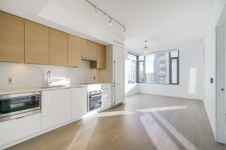 """Photo 6: 701 1688 PULLMAN PORTER Street in Vancouver: Mount Pleasant VE Condo for sale in """"NAVIO AT THE CREEK (SOUTH)"""" (Vancouver East)  : MLS®# R2532164"""