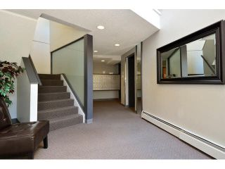 "Photo 2: 3 1860 E SOUTHMERE Crescent in Surrey: Sunnyside Park Surrey Condo for sale in ""Southmere Villa"" (South Surrey White Rock)  : MLS®# F1442487"