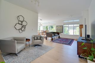 """Photo 4: 305 6328 LARKIN Drive in Vancouver: University VW Condo for sale in """"JOURNEY"""" (Vancouver West)  : MLS®# R2605974"""