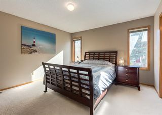 Photo 17: 152 Riverside Circle SE in Calgary: Riverbend Detached for sale : MLS®# A1154041