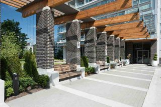 """Photo 15: 3101 5883 BARKER Avenue in Burnaby: Metrotown Condo for sale in """"ALDYNNE ON THE PARK"""" (Burnaby South)  : MLS®# R2372659"""