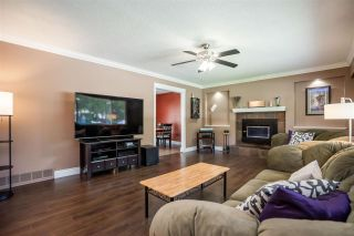 Photo 3: 19465 HAMMOND Road in Pitt Meadows: Central Meadows House for sale : MLS®# R2588838