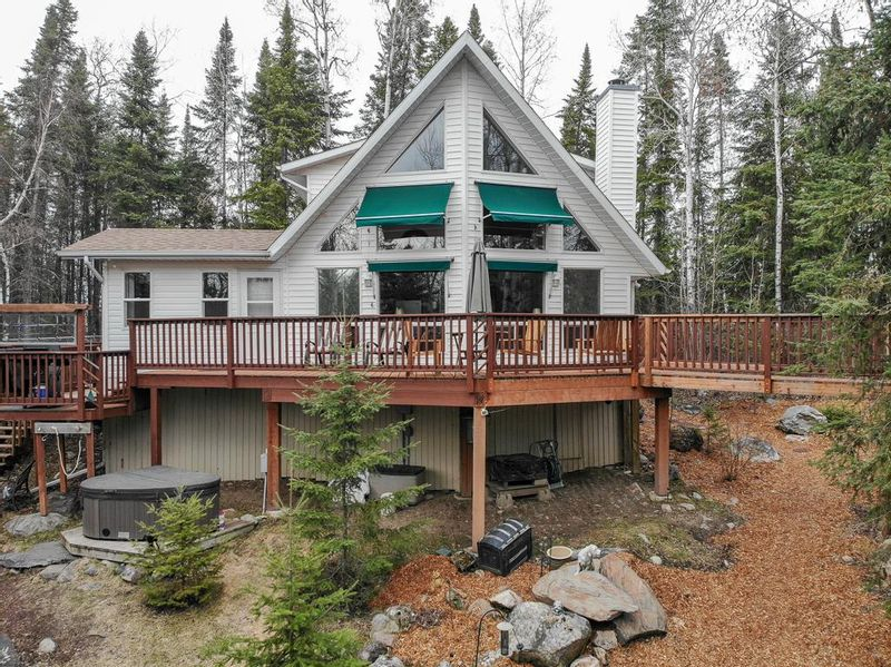 FEATURED LISTING: 4 Henry Hudson Bay Lac Du Bonnet RM
