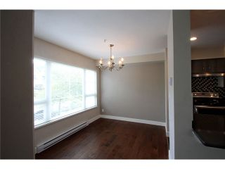 Photo 3: # 201 2110 YORK AV in Vancouver: Kitsilano Condo for sale (Vancouver West)  : MLS®# V1058982