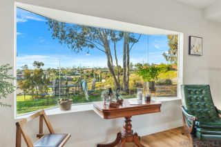 Photo 7: CHULA VISTA House for sale : 3 bedrooms : 1520 Larkhaven Drive