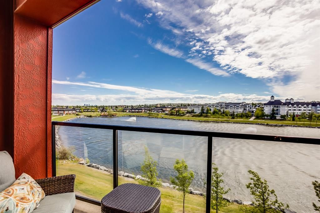 Main Photo: 308 162 Country Village Circle NE in Calgary: Country Hills Village Apartment for sale : MLS®# A1118316