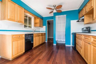 "Photo 11: 10015 FAIRBANKS Crescent in Chilliwack: Fairfield Island House for sale in ""FAIRFIELD ISLAND"" : MLS®# R2496974"
