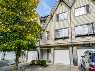 """Photo 2: 69 15871 85 Avenue in Surrey: Fleetwood Tynehead Townhouse for sale in """"Huckleberry"""" : MLS®# R2624709"""