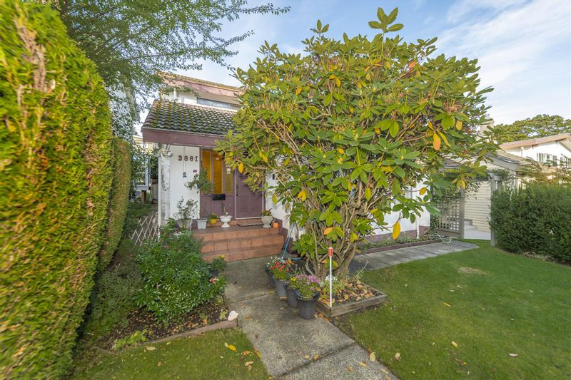 FEATURED LISTING: 3861 BLENHEIM Street Vancouver