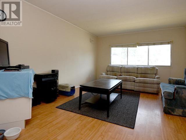 Photo 4: Photos: 65 - 3245 PARIS STREET in PENTICTON: House for sale : MLS®# 168693
