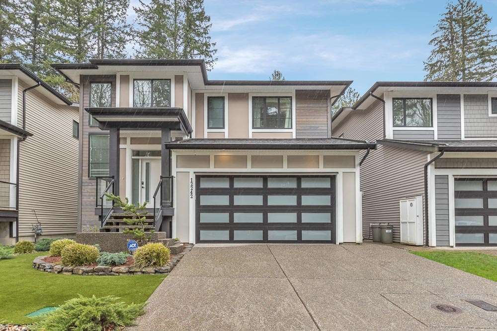 "Main Photo: 12242 207A Street in Maple Ridge: Northwest Maple Ridge House for sale in ""West Ridge"" : MLS®# R2562563"
