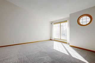 Photo 6: 24 SIGNATURE Way SW in Calgary: Signal Hill Detached for sale : MLS®# C4302567